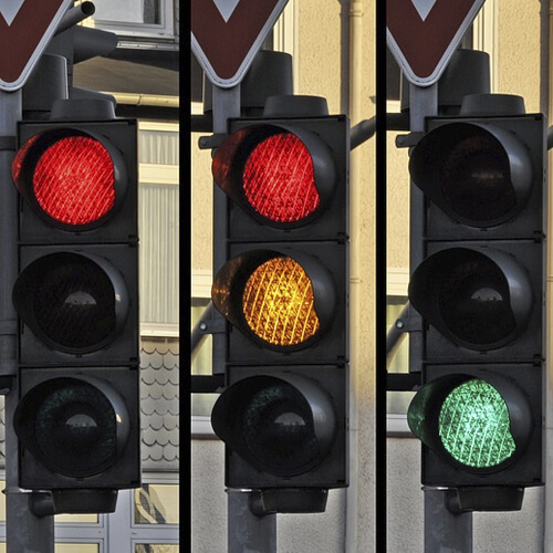Green light for traffic light labelling